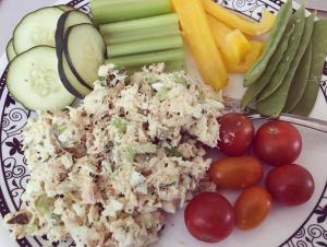 R1D17M1 tuna salad